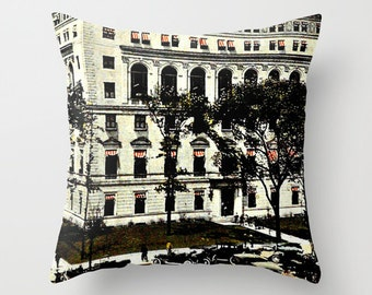 Detroit pillow/Detroit decor/vintage Detroit/black and white pillow/Michigan pillow/historic Detroit Michigan/Detroit Athletic Club