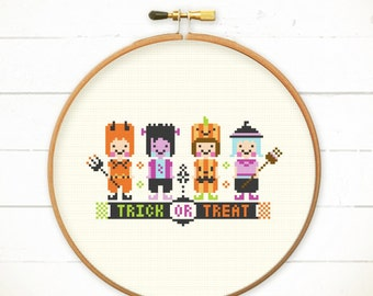 Halloween cross stitch pattern - Trick OR Treat - Halloween cross stitch pattern / Instant Download / counted cross stitch / Pattern PDF