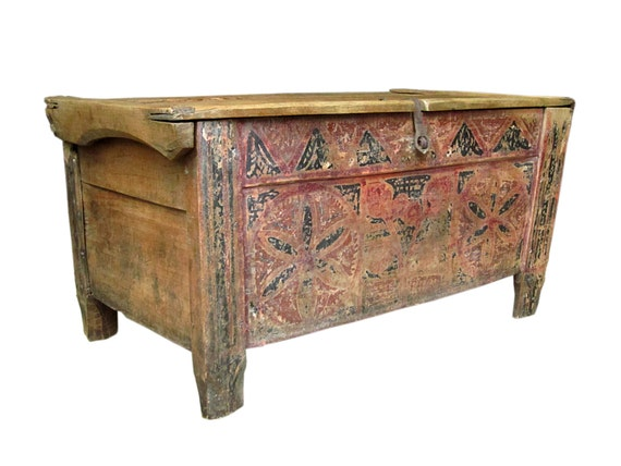 Antique trunk chest hand painted from bulgaria - How to paint an old trunk ...