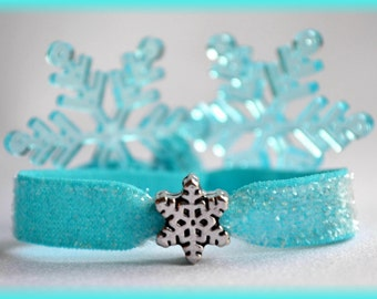 """Shop """"snowflake charms"""" in Paper & Party Supplies"""