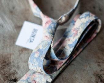 Bunta Peacemaker floral tie