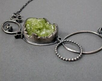icy lime green necklace organic statement necklace horizontal style neckpiece jaime jo fisher metalsmith art jewelry