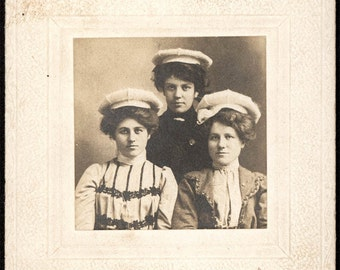 vintage photo 1890 Three Young Women in SPorty Tam Caps cabinet