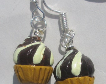 petite ceramic chocolate and vanilla swirl cupcakes from Peru pierced dangle hand made wire wrapped earrings affordable unique delicious