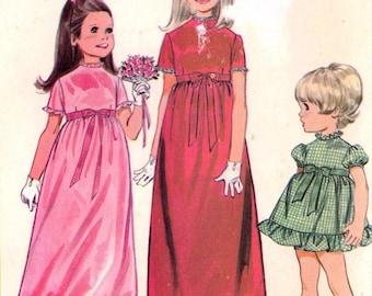 60s Flowergirl dress sewing pattern retro dress pattern for flowergirls McCalls 9384 Sz 3 Wedding party pattern