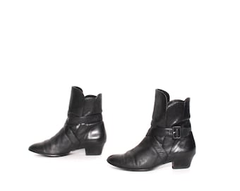 size 7.5 CHELSEA black leather 80s 90s HARNESS strappy ankle boots