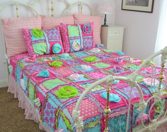 Floral Bedding Rag Quilt Queen Size - Green / Pink / Turquoise Bedding - Patchwork Quilt - Boho Quilt - Whimsical Bedding - Princess Bedding