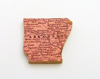 Arkansas Brooch - Lapel Pin / Upcycled 1940s Straus Wood Puzzle Map Piece / Unique Wearable History Gift Idea / Timeless Gift Under 25
