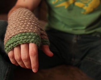 Crochet Pattern - Timber Mitts