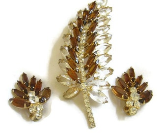 Vintage Juliana Verified D&E, Delizza and Elster, Clear Cut Glass, Amber and Clear Rhinestone Brooch or Pin and Earrings Demi Parure Set