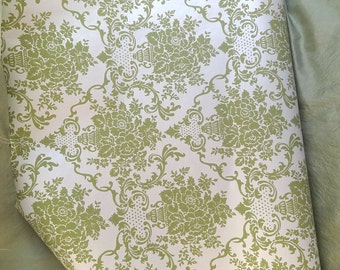 Vintage wallpaper, Pearlized ivory / green 1950's, background shimmer pearl, matte green floral bouquet design