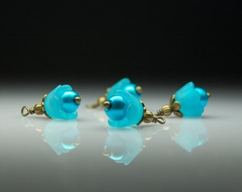 Vintage Style Bead Dangles Turquoise Blue Lucite Bell Flowers Set of Four BL003