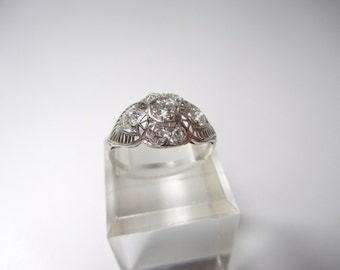 Vintage Diamond Filigree Ring / set in Platinum / Engagement ring / Diamond Ring / Unique engagement ring / Special / Valentine / Filigree