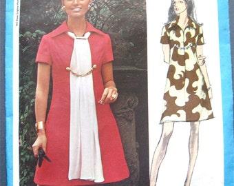 Vintage Vogue Americana 2299  Designer Dress Pattern by Bill Blass   Bust 32.5 inches