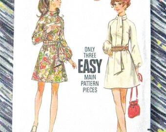 Uncut 1970s Vintage Butterick 5654 Easy Dress Pattern Raglan Sleeves Bias Roll Collar Uncut  Sewing Pattern