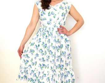 French vintage 1950s white floral pastoral dress - medium M