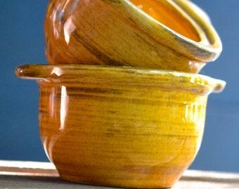 set of 2 Honey coloured vintage soup bowls - Canadiana
