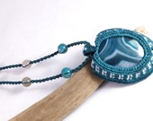 Gorgeous Banded Agate and Dragon's Vein Cavandoli Macramé Necklace