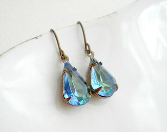 Aqua Blue Green Earrings In Brass, Blue Vintage Jewels, Costume Jewelry, Vintage Style Jewelry Drop Earrings