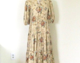 Vintage 70s Bohemian dress / watercolor flowing floral / tiered Prairie style / Hippie Harvest dress
