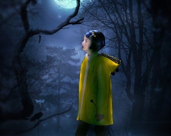 Coraline RAINCOAT Costume for GIRLS, Coraline coat, Coraline Costume, teen raincoat Halloween costume in yellow & blue with yellow star