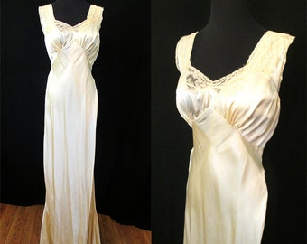 Exquisite Silk 1930's Bias Cut Golden Creamand Lace Night Gown Hand Made Old Hollywood Glamour Starlet Pinup Vixen Size-Medium