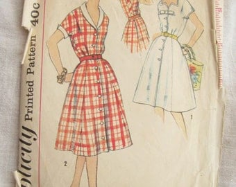 1950s Simplicity 3013 Button Front Collared Dress Vintage Sewing Pattern Bust 39 Half Size
