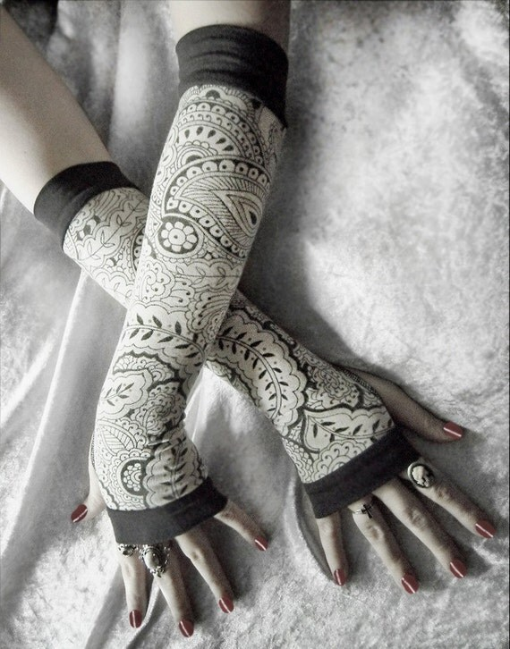 Anise Awoken Arm Warmers - Ivory Cream Charcoal Grey Mehndi Paisley Floral - Yoga Gothic Belly Dance Dark Tribal Vampire Cycling Boho Gypsy