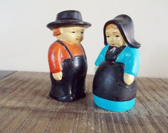 Vintage Amish Couple Salt and Pepper Shakers