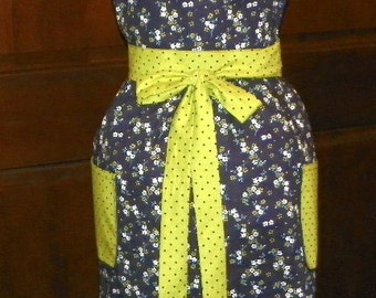 Vintage  Lucy Bib Apron Beautiful Blossom Cluster Navy
