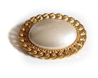 Pearl, 1950s Antique Gold Brooch Pin, from Paris
