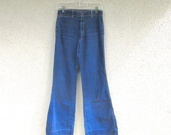 70s Vintage High Waist Wide Leg Flare Jeans Women Juniors size 7 27 x 31 Bell Bottom Pants