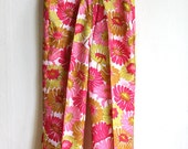 SALE Floral 1970ies Pants in bright PInk, Yellow, Olive green - Hippie high waist Trousers size S M made in Berlin