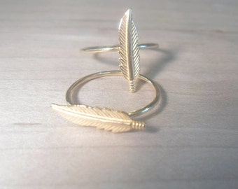 Feather Ring, knuckle ring, gold knuckle ring, gold midi ring, midi ring, gold rings, feather midi ring, gold stacking ring, boho rings