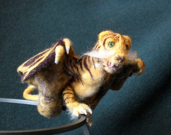 Needle Felted Tiger Dragon Magnetic Shoulder Pet