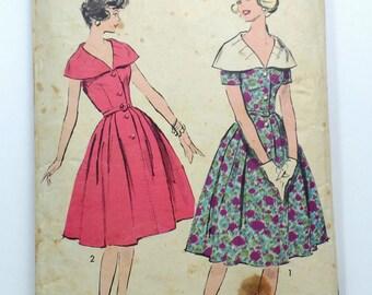 Vintage Pattern Advance 9027 Sewing pattern 1950s full skirt dress Bust 34 Rockabilly Cape Collar Sleeveless