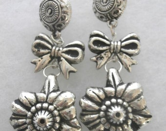 Bow  and Flower Dangling  Earrings