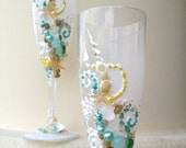 Starfish wedding champagne glasses, beach wedding toasting flutes in white, yellow and water blue
