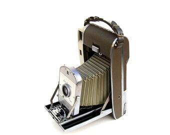 Vintage Polaroid Land Camera Model 800 Gray Industrial Baffle Cameras Mid century Retro