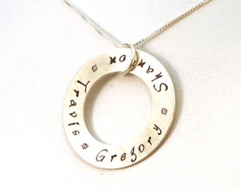 Mother's Necklace Washer with Names with Oak Leaves