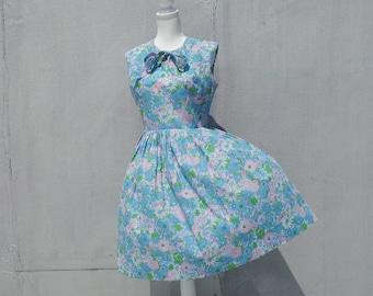 1960s Blue Floral Dress 60s Vintage Fit Flare Cotton Sundress Full Pleated Skirt Parkshire Original Medium Large Summer Garden Party Dress