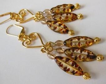 Wild Beauty glass chandelier earrings  E466