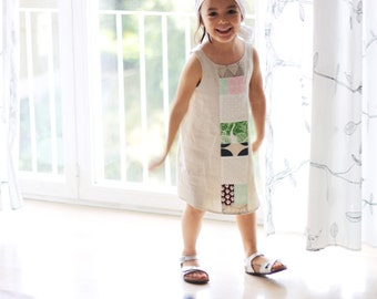 Girl summer smock, sleeveless, size 4 years. Linen and cotton fabric. Natural colors, summer wear. Ready to ship.
