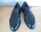 1950s Vintage So Manly Wingtip Gunboat Shoes-Stacy Adams for Lefcourt / 50s Black Leather Short Wing Oxford Brogues V Cleats-Mad Men 101/2