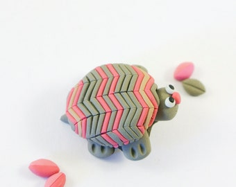Chevron Turtle Brooch - Cute Animal Jewelry - Pink and Grey stripes - Tortoise shell