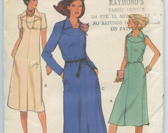 1970s Vintage Sewing Pattern Vogue 9843 Misses' Yoked A Line Dress Pattern Bust 36 UNCUT