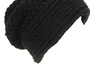 long slouch beanie soft and thick made to fit teen and adults black