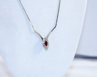 Red and Clear Crystals With Golden Serpentine Style Chain Necklace