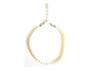 Classic Simulated Pearl Short Choker Necklace Small