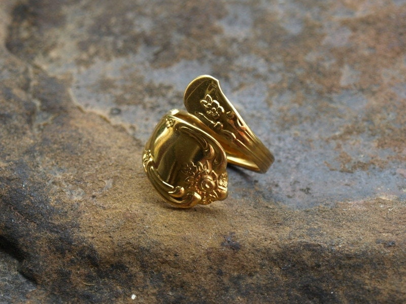vintage gold spoon ring gold plate wm a rogers oneida ltd